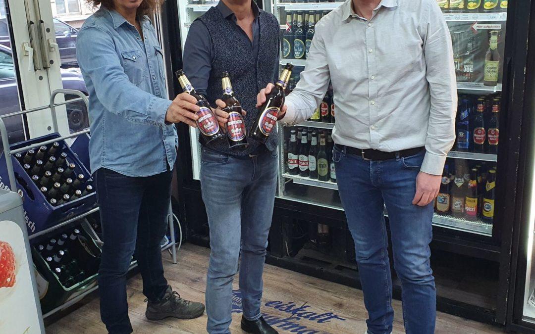 Zum 30-jährigen Jubiläum kommt Brings auf die Gaffel Kölsch-Flaschen
