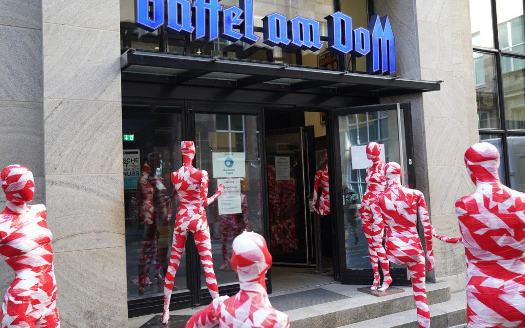"""Installation """"It is like it is"""" im Gaffel am Dom"""