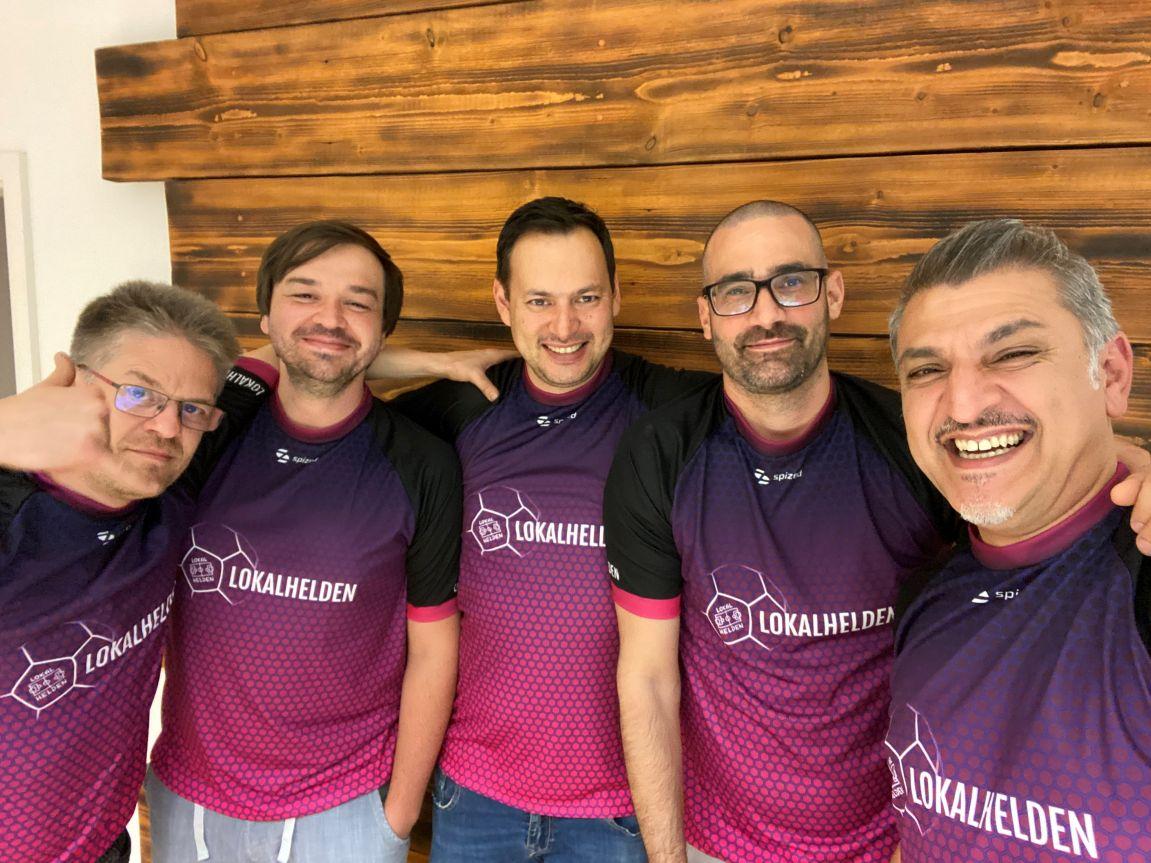 Start-up aus Wesseling: Gaffel unterstützt mit LOKALHELDEN das erste digitale Sammelkartenspiel für den Amateurfußball