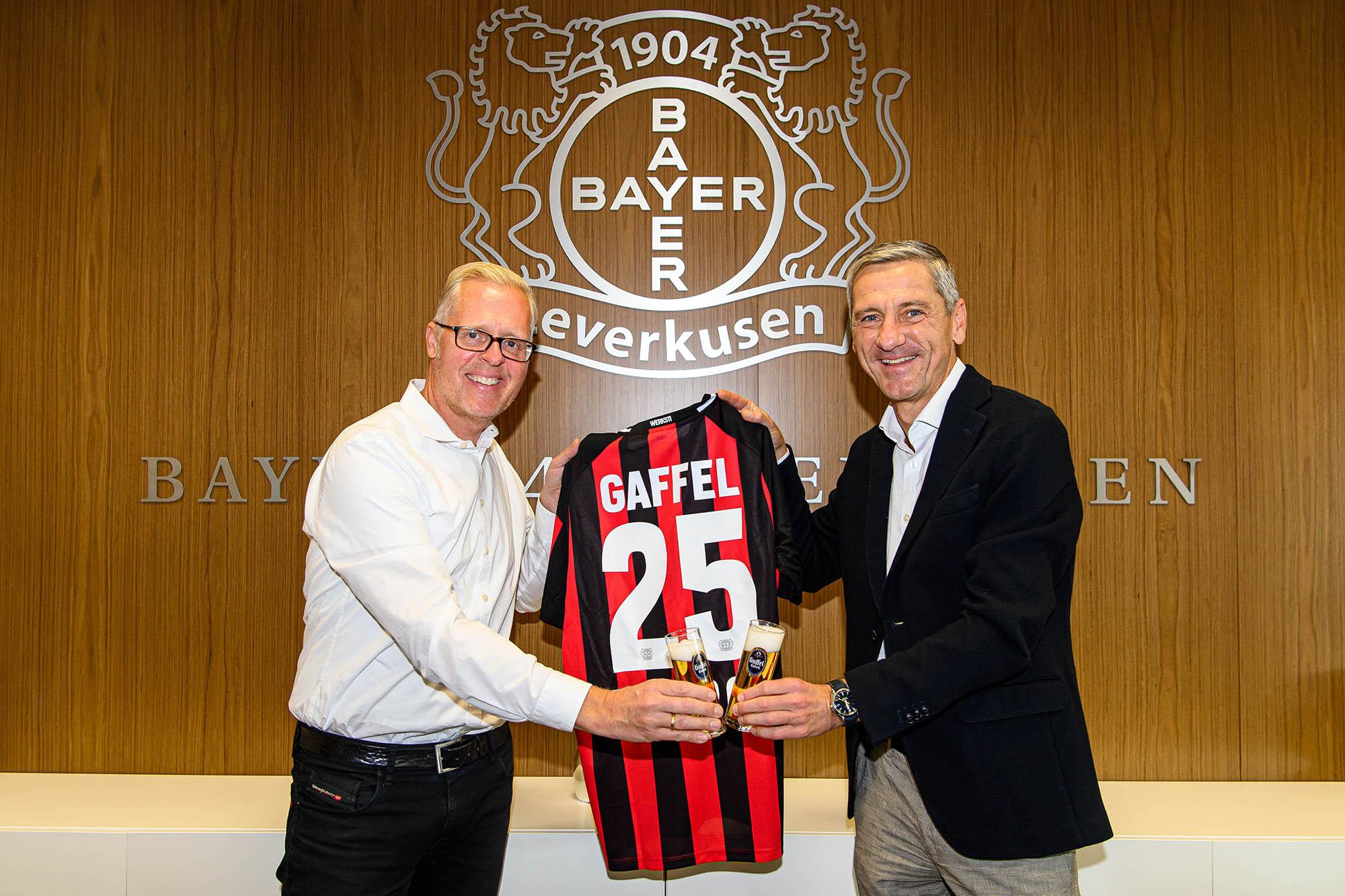 Vertragsverlängerung zwischen Gaffel Kölsch und Bayer 04 Leverkusen